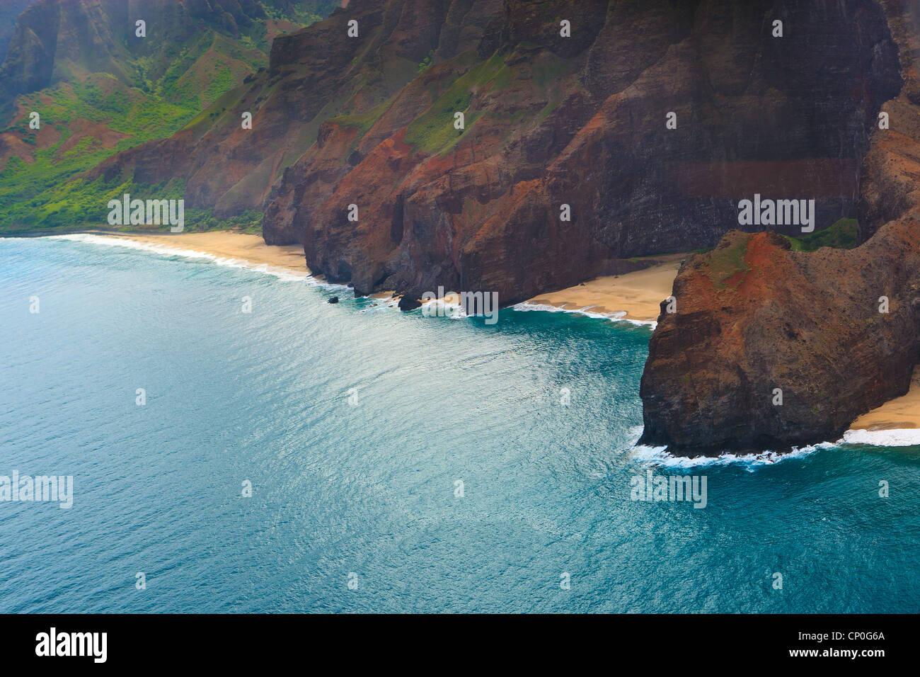 Vue d'hélicoptère sur la côte Napali. Kauai, Hawaii Photo Stock