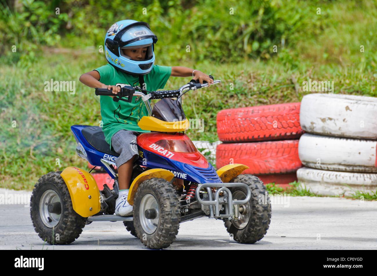 Les Jeunes 4 5 Ans Garçon Casque Bleu équitation Enfants Quad Atv