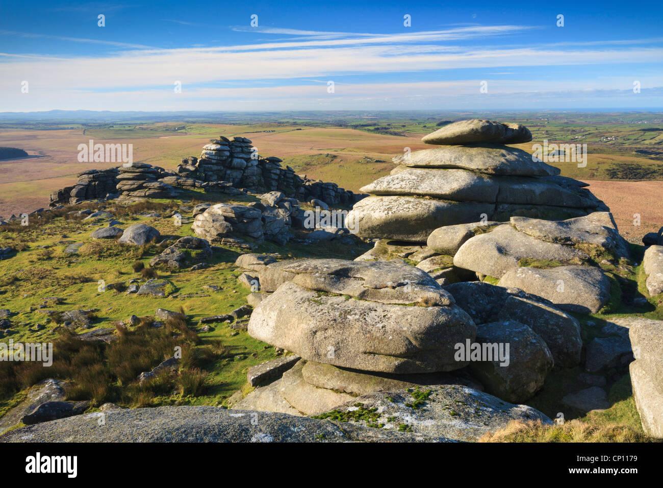 Rough Tor le deuxième plus haut point à Cornwall Photo Stock