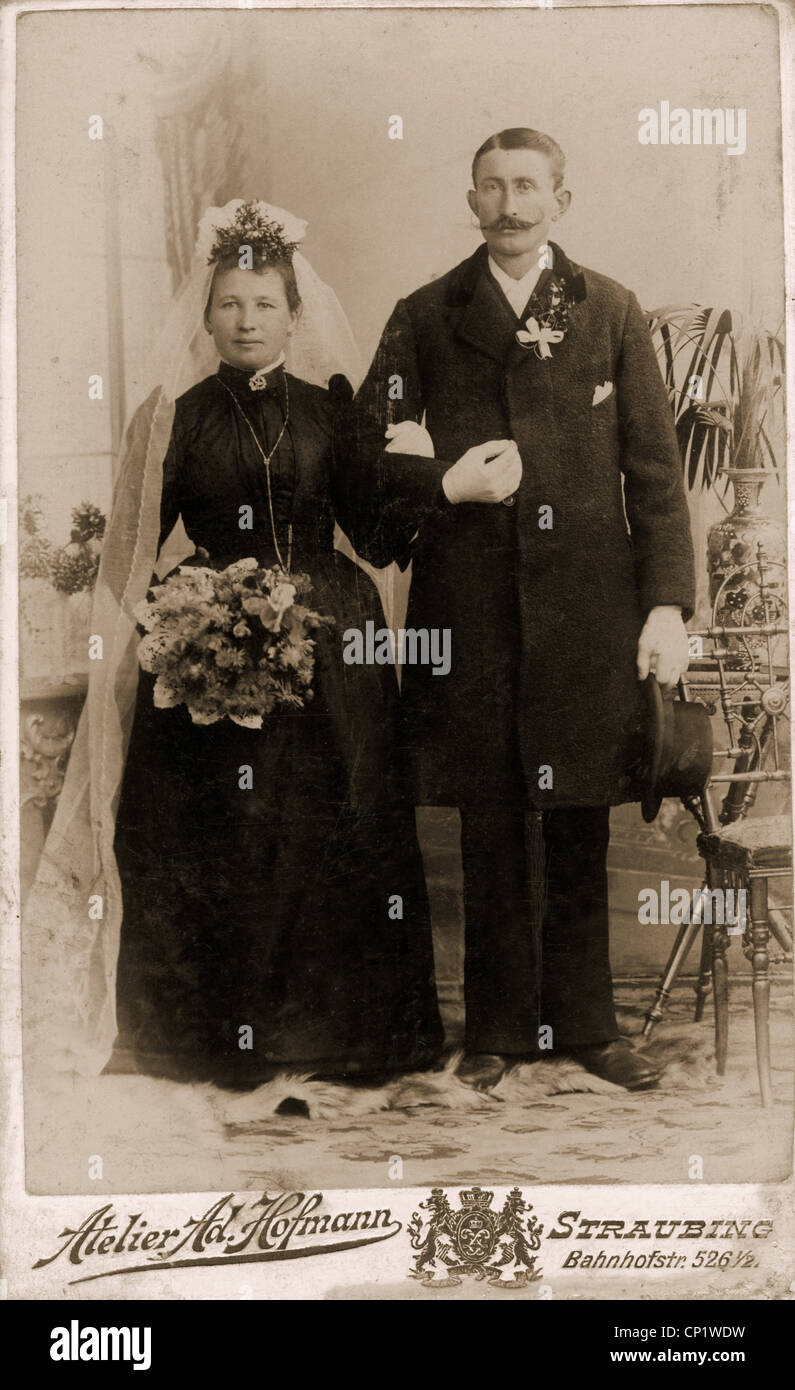 Personnes Mariage Maries Carte De Visite LAllemagne LAtelier Ad Hoffmann Straubing Vers 1900 Additional Rights Clearences NA