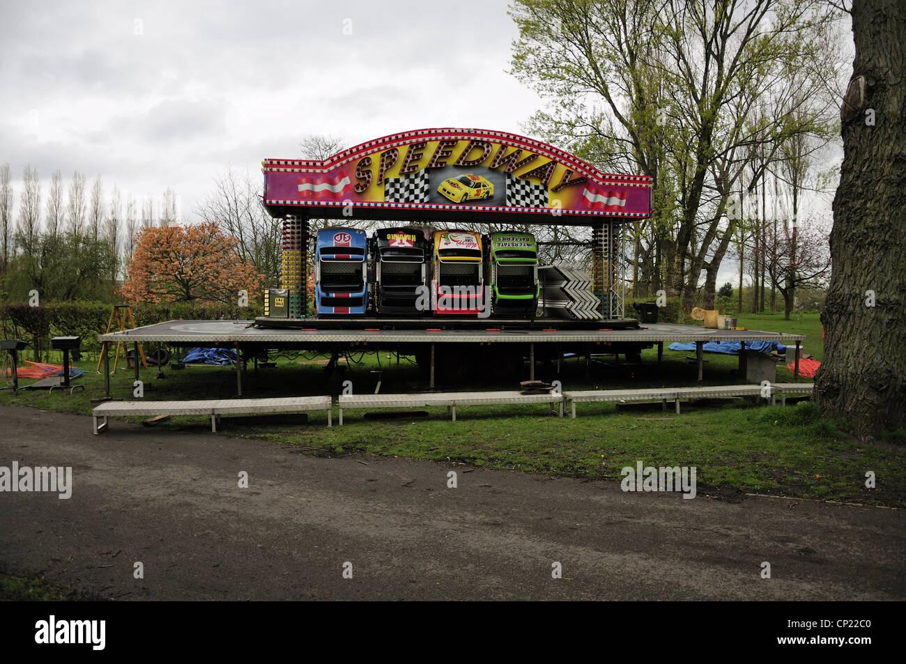 'Speedway' children's tour en voiture de leur emballage et assemblés avant ouverture juste Photo Stock