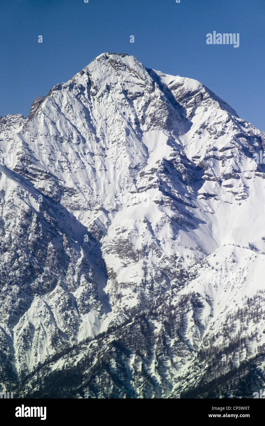 Piemonte - Sestriere (D) - Mont Chaberton (3 131 m) dans la chaîne des Hautes Alpes Photo Stock