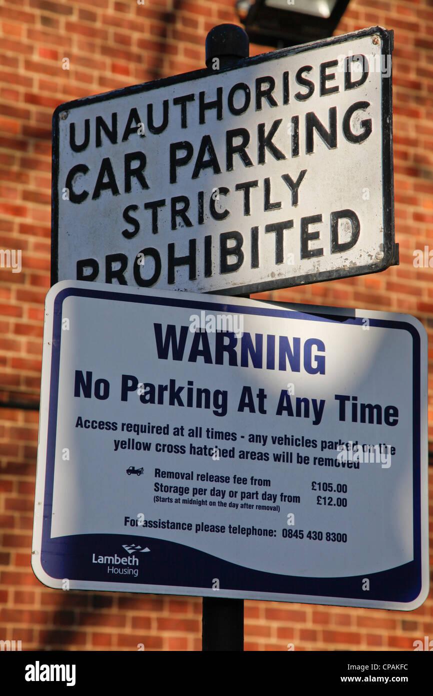 La restriction quant à l'Parking à Lambeth, London, UK Photo Stock
