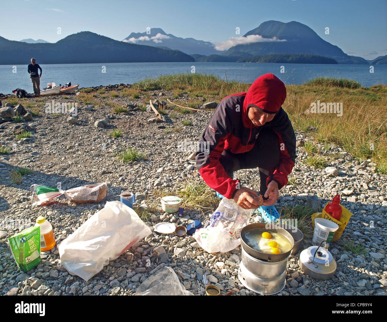 La cuisine du Camp, Toba Inlet, en Colombie-Britannique, au cours d'une expédition en kayak de mer, Desolation Photo Stock