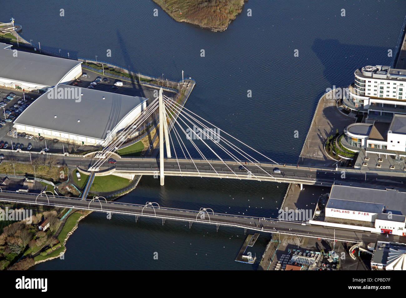Vue aérienne de la Marine Parade, Southport Bridge Marina Photo Stock