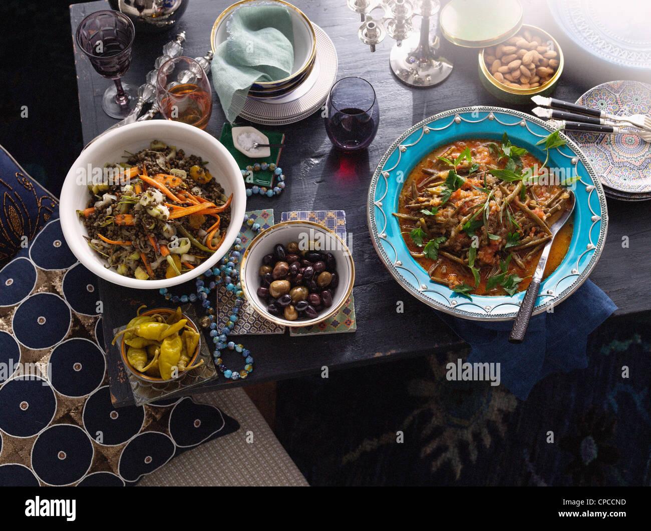 La nourriture turque de plaques sur la table Banque D'Images