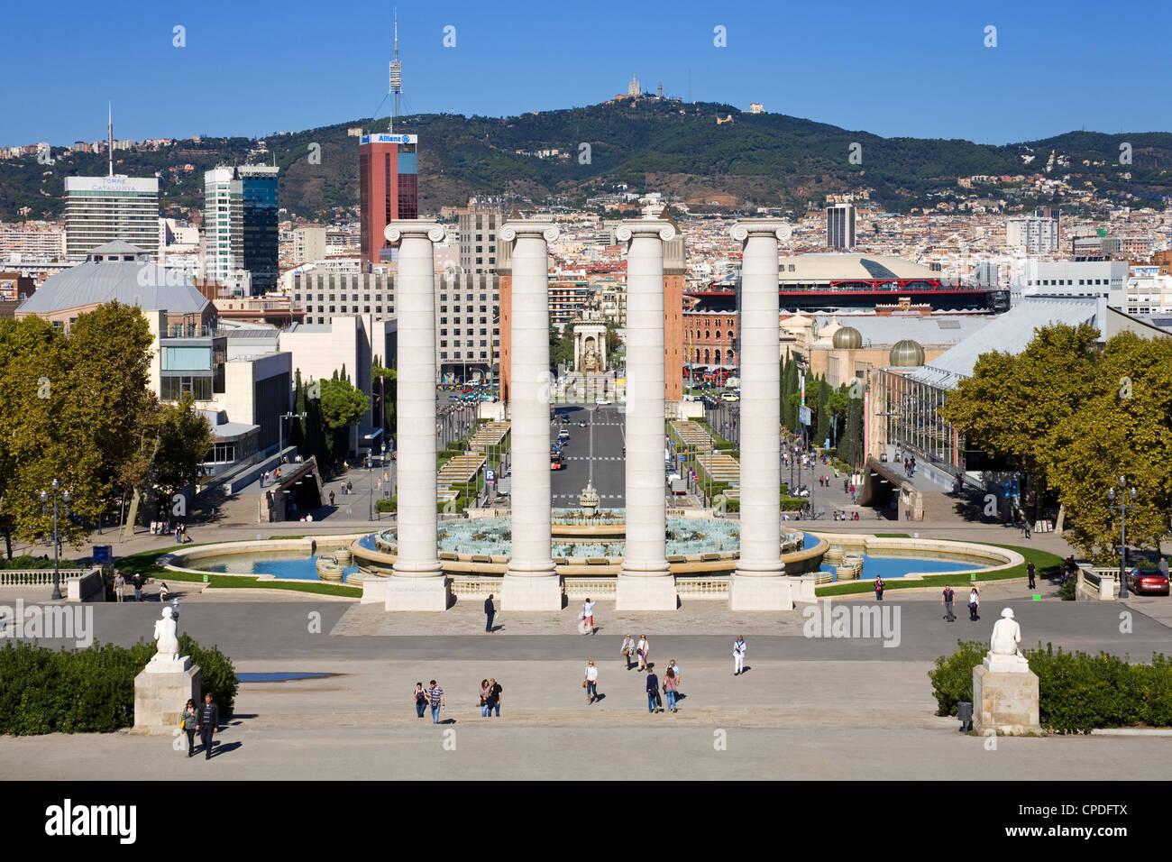 L'avenue Reina Maria Cristina dans le quartier Montjuic, Barcelone, Catalogne, Espagne, Europe Photo Stock