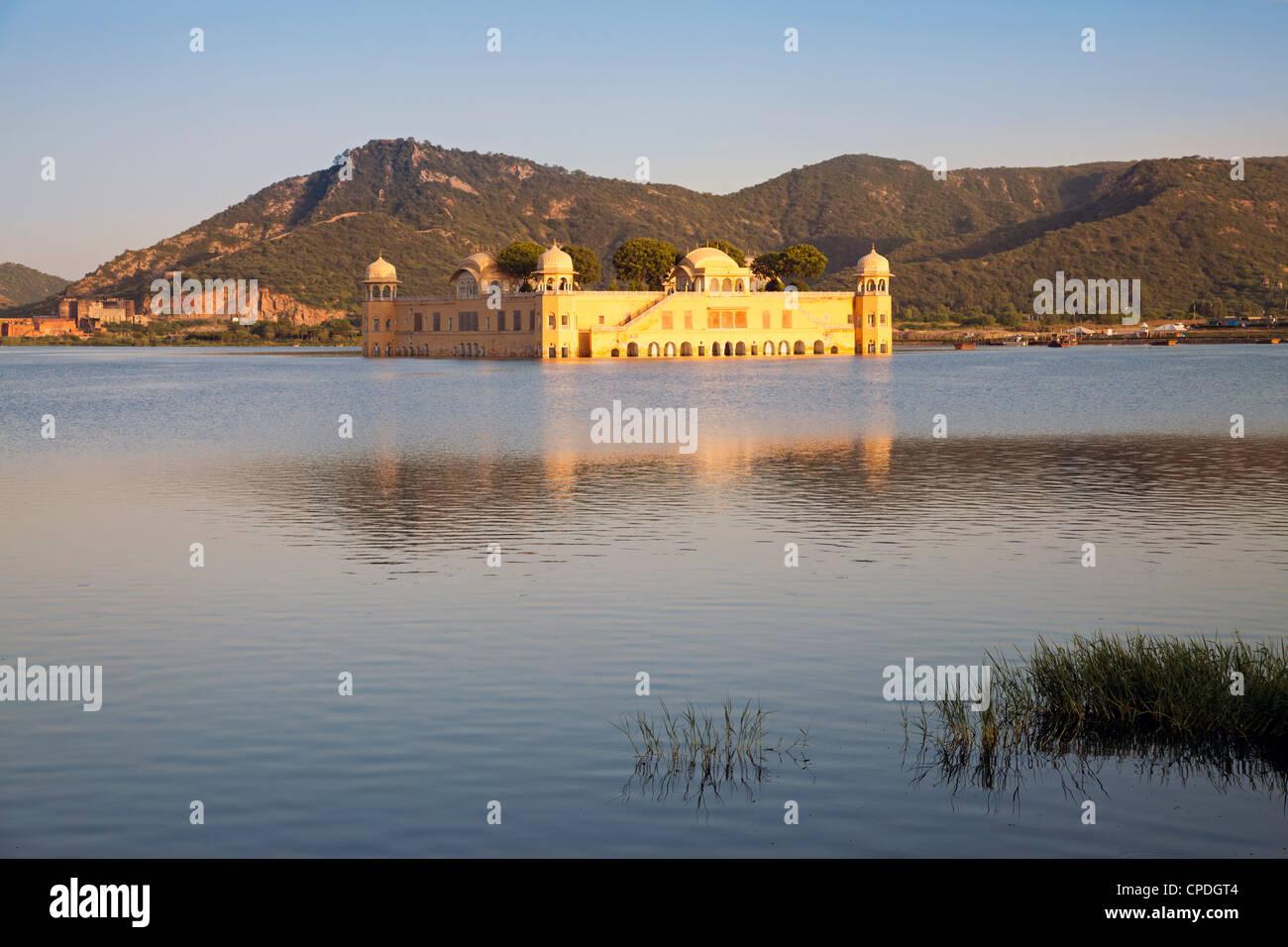 Le Jai Mahal (palais de lac), Jaipur, Rajasthan, Inde Photo Stock