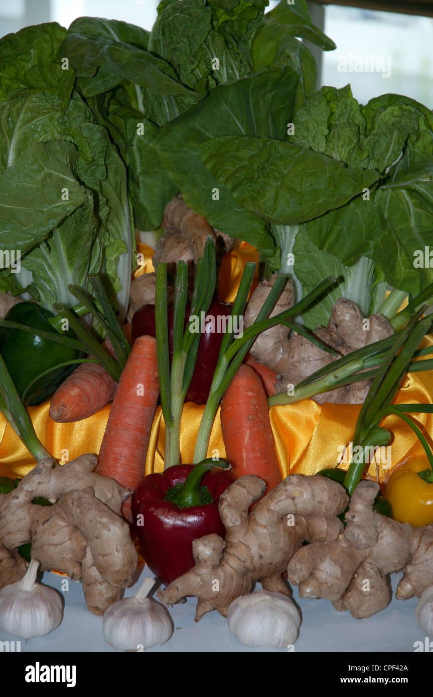 Affichage de légumes artistique à bord de navire de croisière Photo Stock