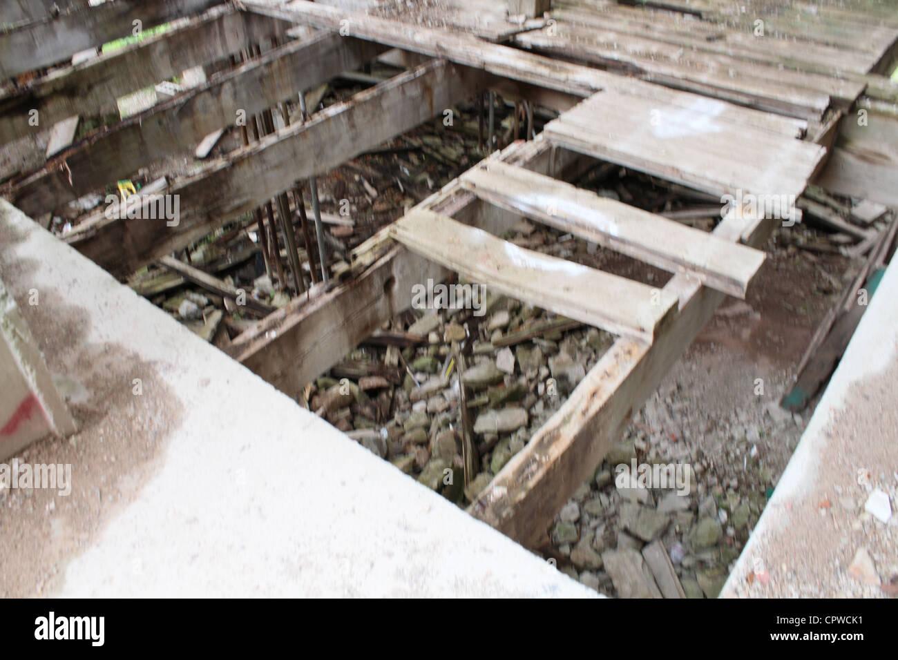 Démolir la vieille usine industrielle abandonner Photo Stock