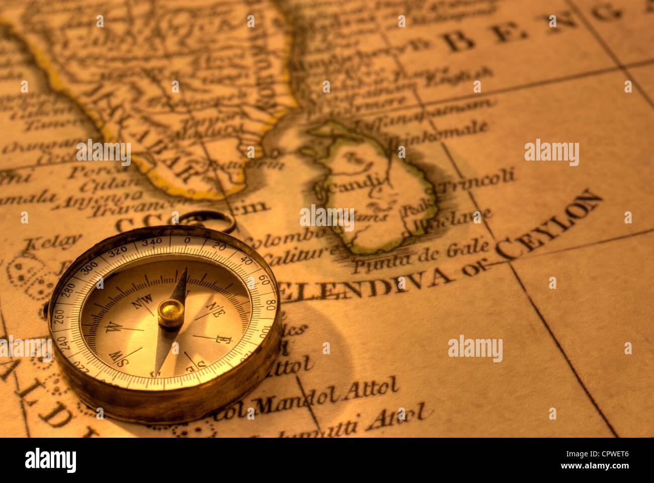 Carte Inde Et Sri Lanka.Boussole Et Carte Ancienne De L Inde Du Sud Et Sri Lanka La