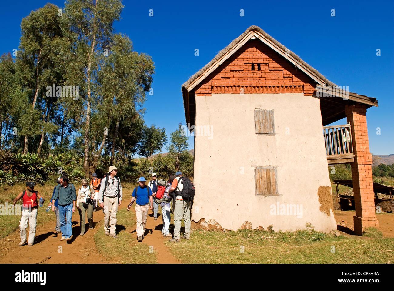 Madagascar, hauts plateaux du centre, ancienne province d'Antananarivo, entre Betafo et Antsirabe, accueil traditionnel Photo Stock