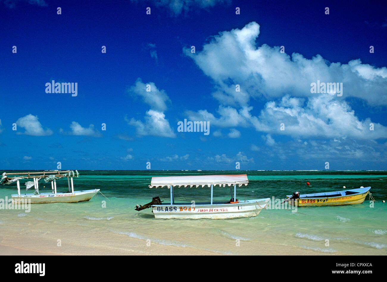 République dominicaine, province de La Altagracia, Punta Cana, l'amarrage des bateaux Photo Stock