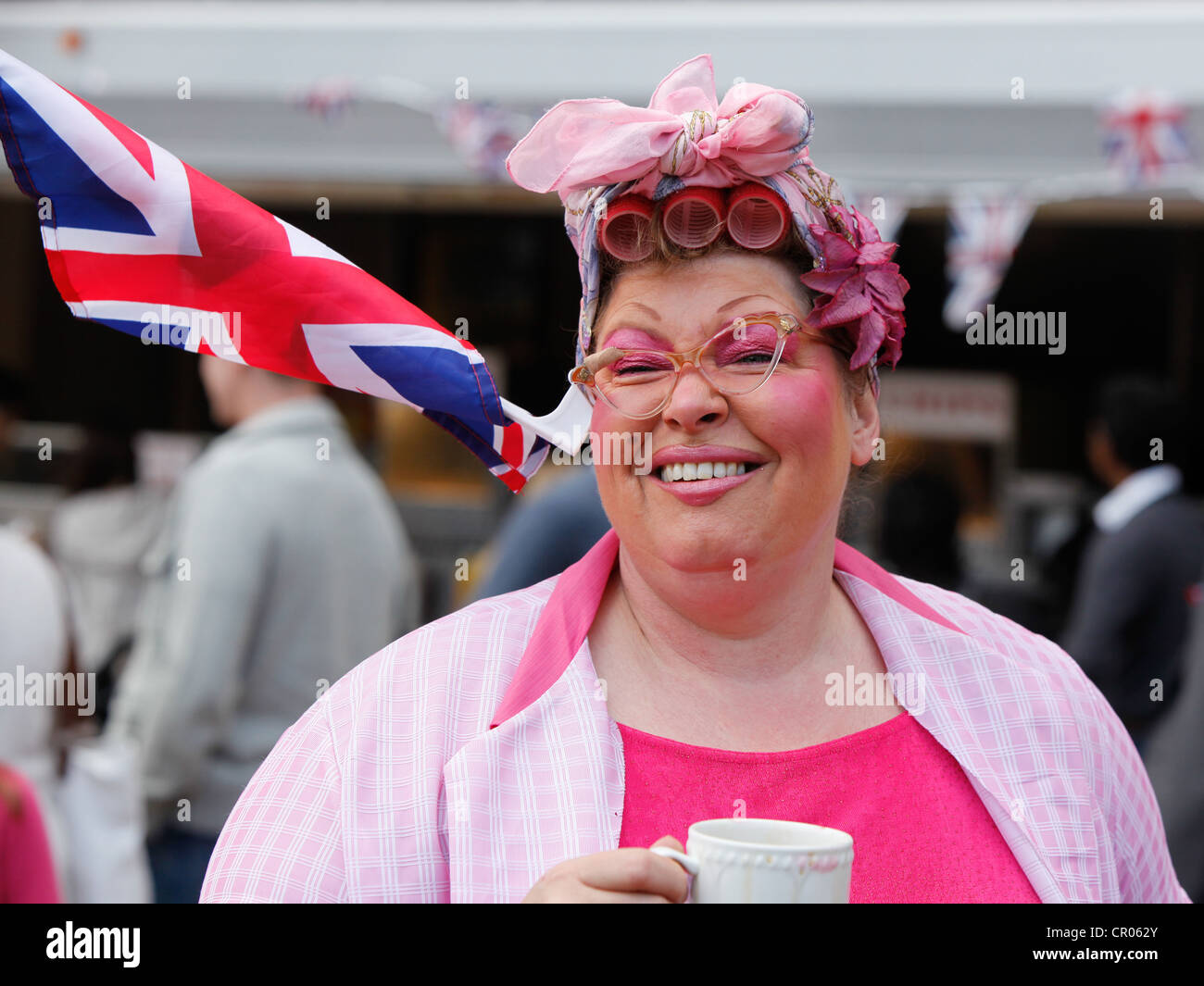 Artiste de rue à Birmingham au cours de la célébration du jubilé de diamant de la Reine. Photo Stock
