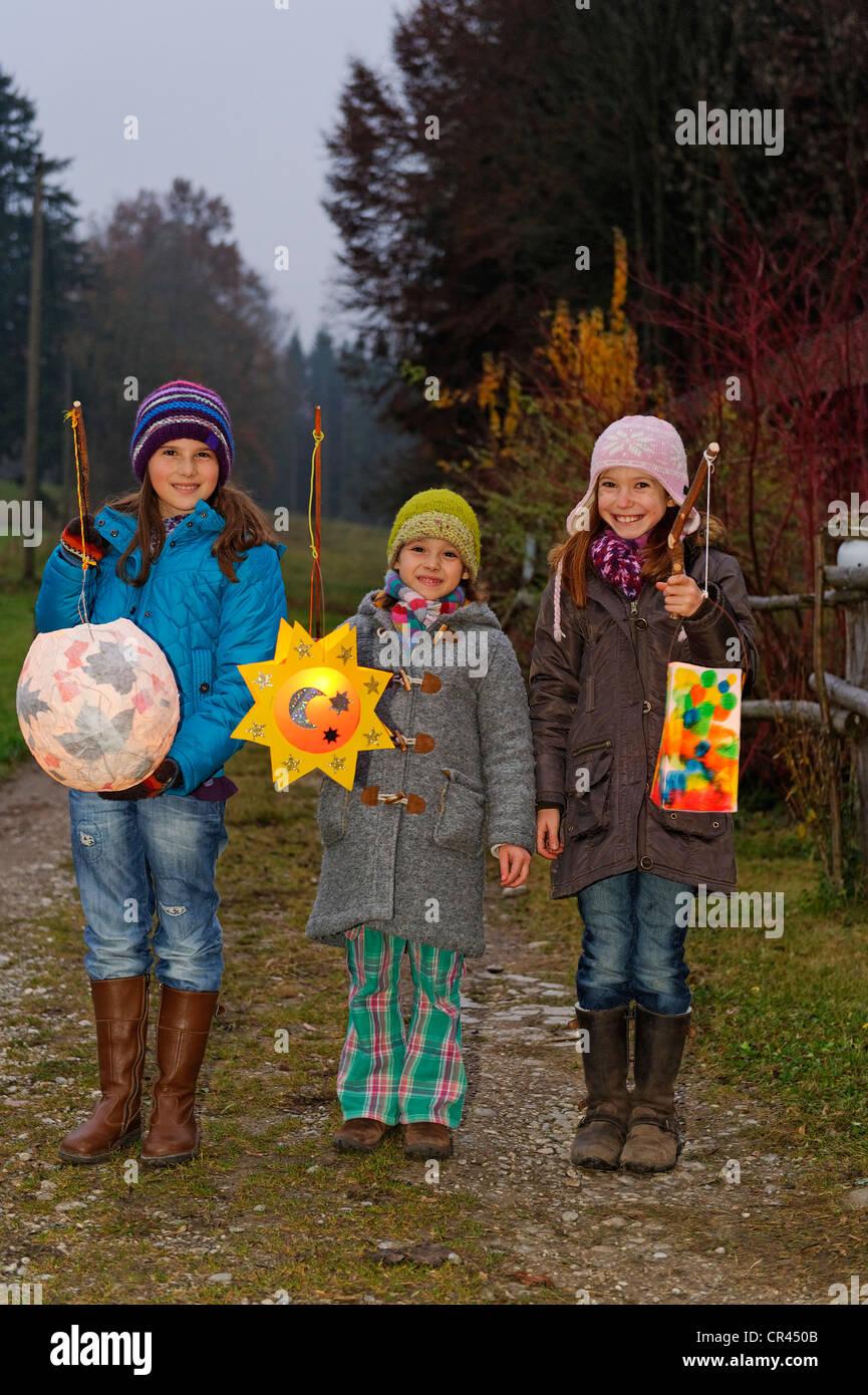 Pour mener à une lanternes St Martin's Parade, défilé lanterne, de la journée, Pfaffenwinkel, Photo Stock