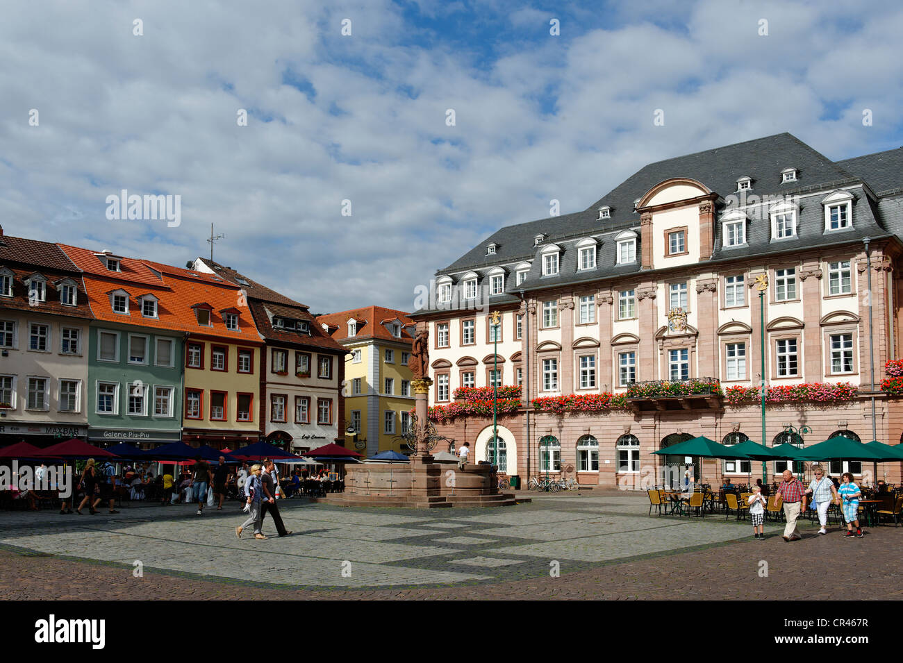 Hôtel de ville avec la Fontaine d'Hercule, Heidelberg, Bade-Wurtemberg, Allemagne, Europa Photo Stock