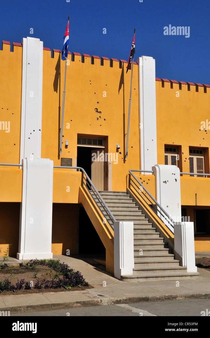 Façade de la caserne de Moncada avec trous de balle, centre de l'école maintenant et musée historique; Photo Stock