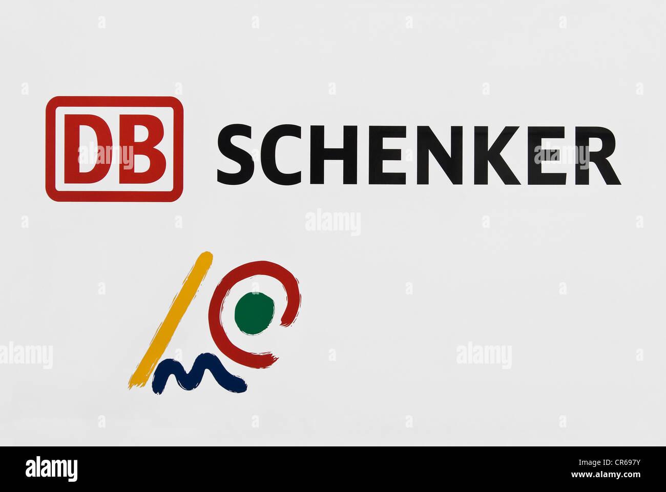 DB Schenker logo, avec symbole pour le transport combiné Photo Stock
