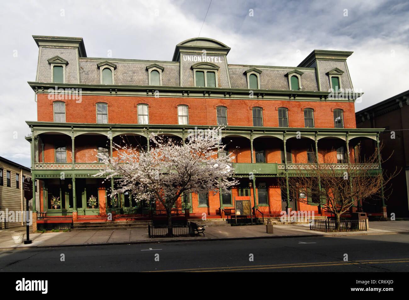 Vue frontale de l'Union européenne historique hôtel à Flemington, Hunterdon Comté (New Jersey) Photo Stock