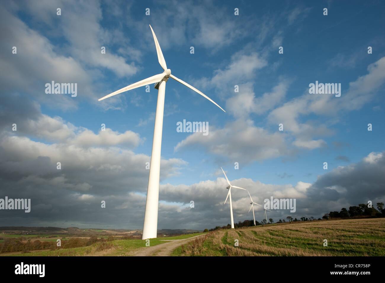 France, Cotes d'Armor, Caurel, parc de l'énergie éolienne Photo Stock