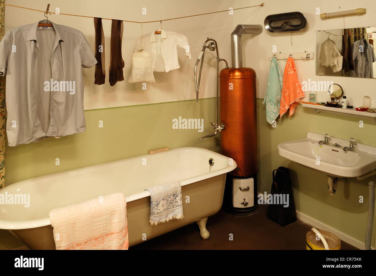 salle de bain anne 50 carrelage salle de bain annee carrelage salle de bain beau les meilleures. Black Bedroom Furniture Sets. Home Design Ideas