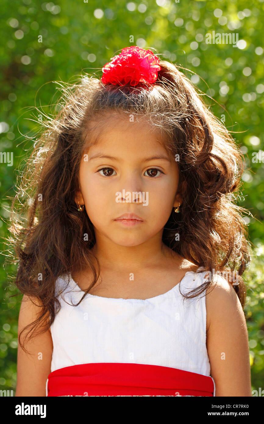 Petite fille hispanique Photo Stock