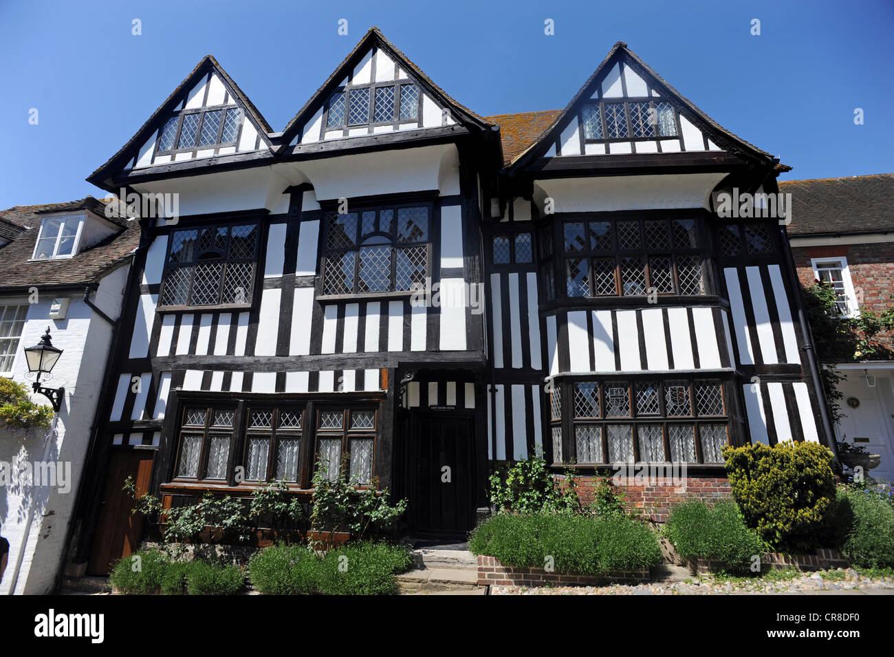 Une vieille maison de style tudor à mermaid street seigle photo stock
