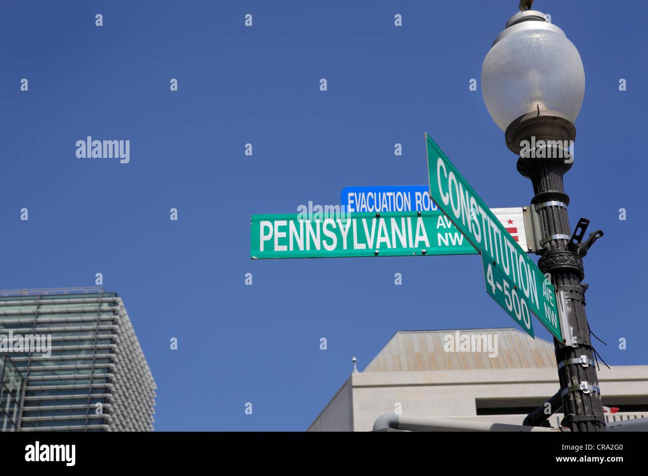 Constitution et Pennsylvania Avenue Washington DC Photo Stock