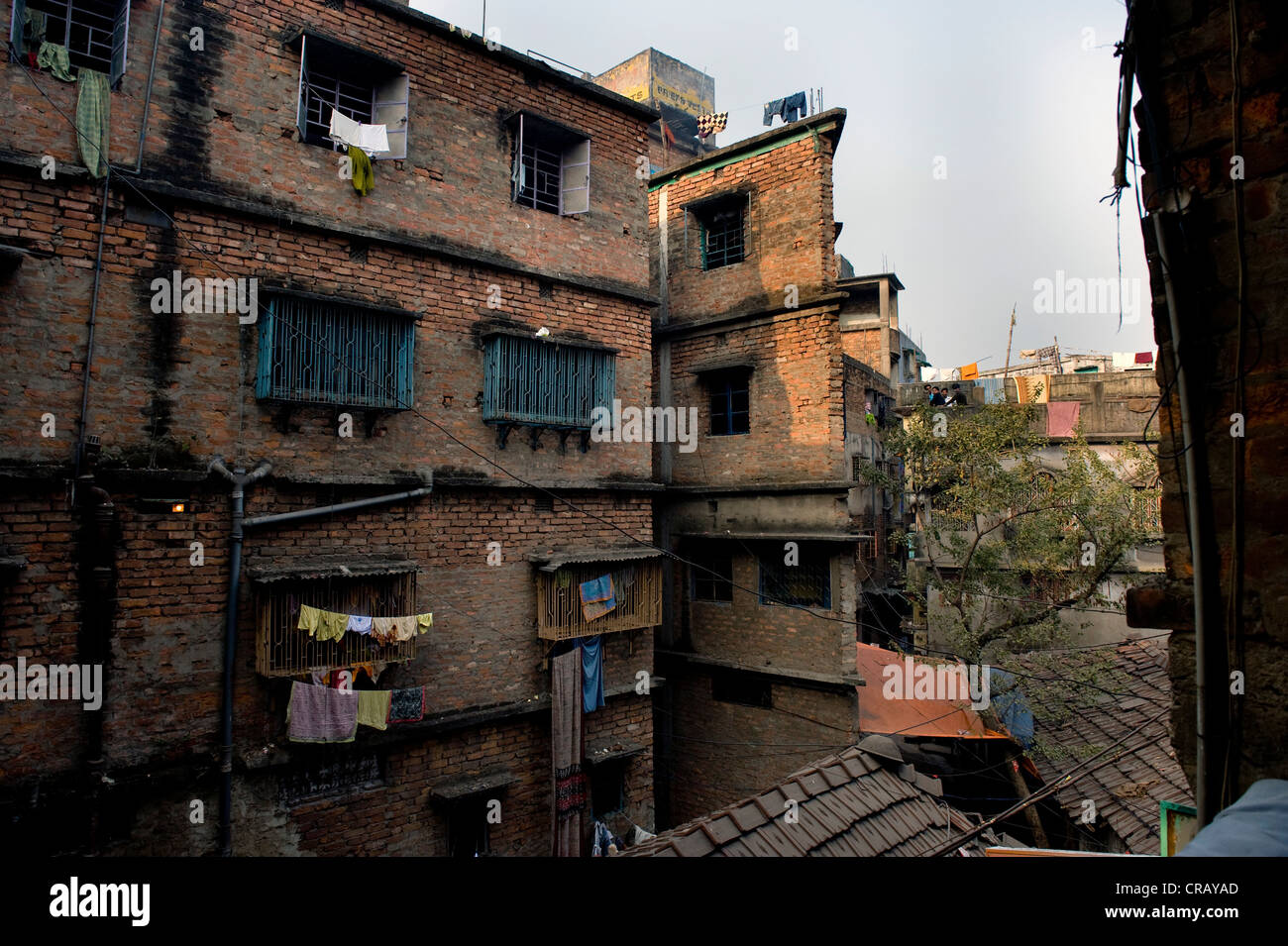 Immeuble décrépit, district de Shibpur, Howrah, Kolkata, Bengale occidental, Inde, Asie Photo Stock