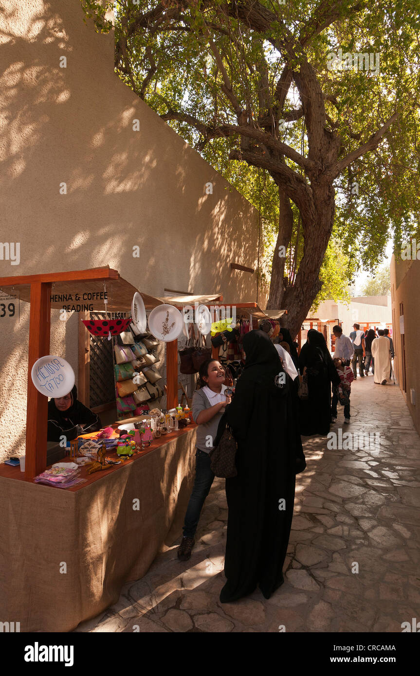 Elk206-2404v Emirats arabes unis, dubaï, Bastakiya trimestre, l'art et marché artisanal Photo Stock