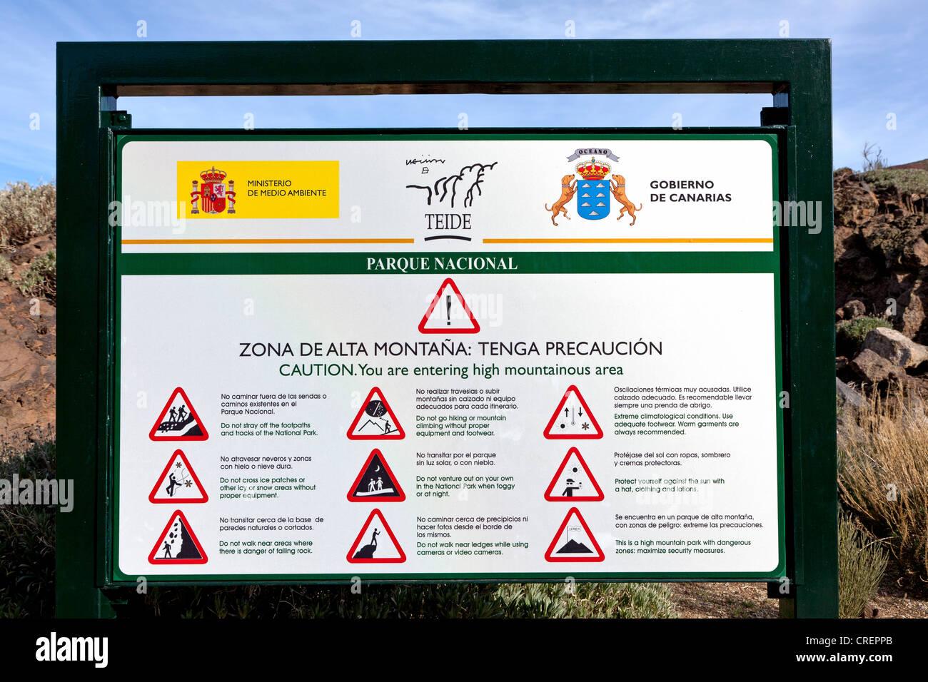 Signer avec des règles de conduite, le Parc National du Teide, Tenerife, Canaries, Espagne, Europe Banque D'Images
