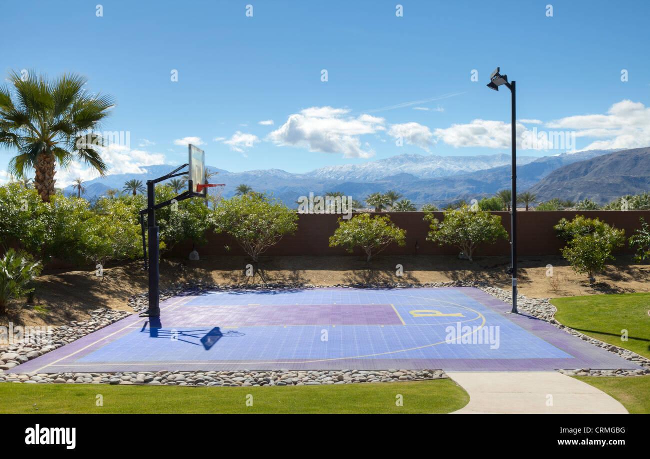 Vide de basket-ball avec des pôles Photo Stock