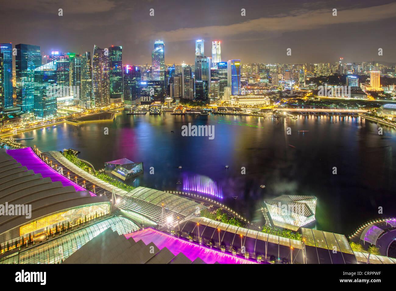 Des vues sur le centre-ville de Singapour et Marina Bay, à Singapour, en Asie du sud-est Photo Stock