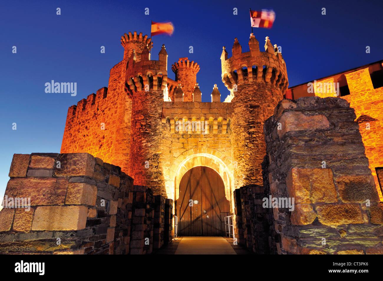 L'Espagne, Saint James Way: Entrée de l'Ordre du Temple château à Ponferrada Photo Stock