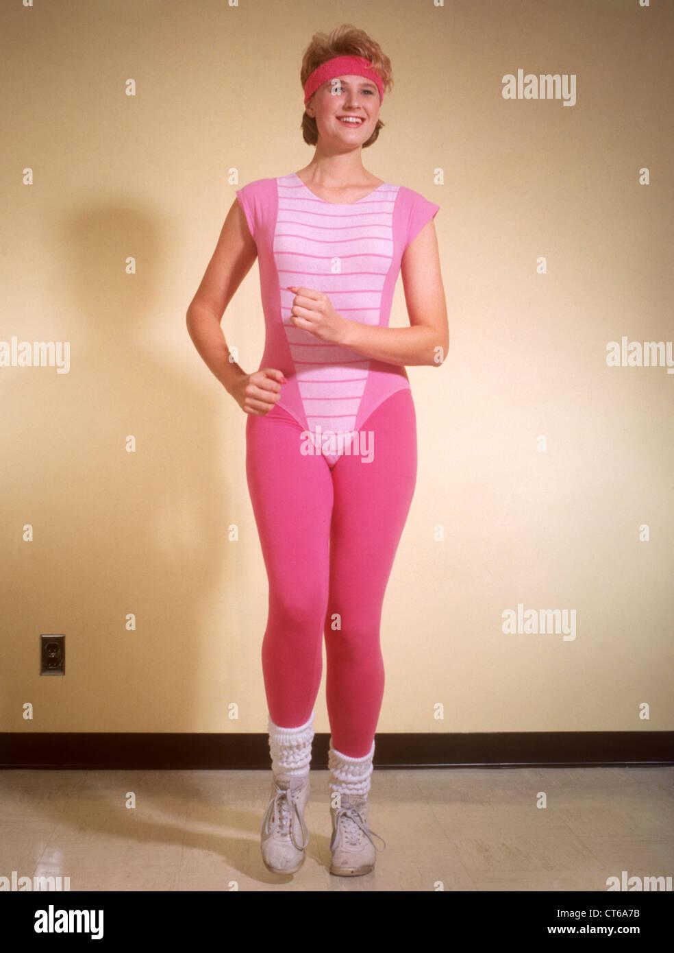 Femme en collant l'exercice au cours des années 1980 Photo Stock