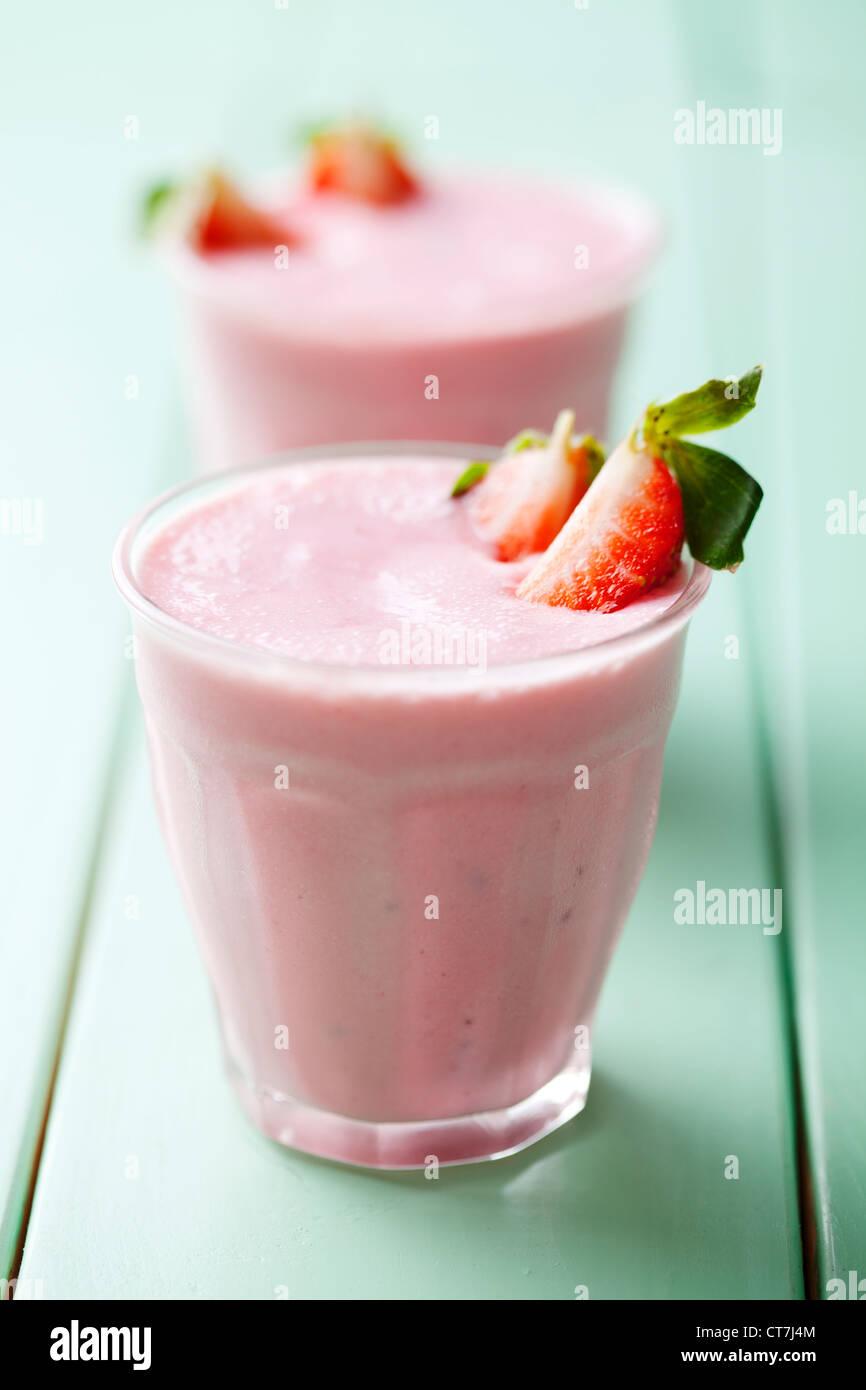 Smoothie fraise peu profondes, gros plan 6 Photo Stock