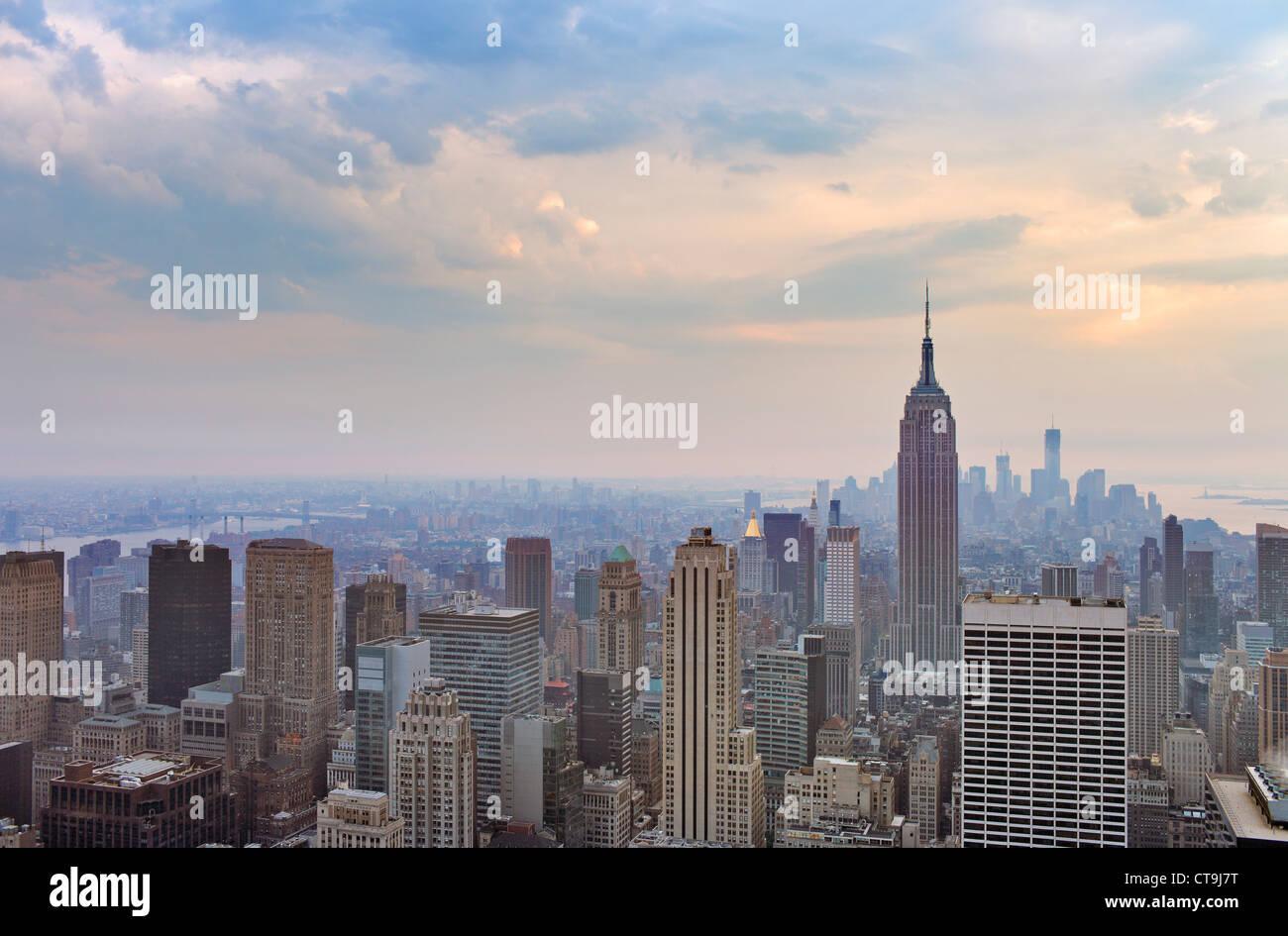 Une vue sur la ville et le centre-ville de Manhattan, New York City, USA. Photo Stock