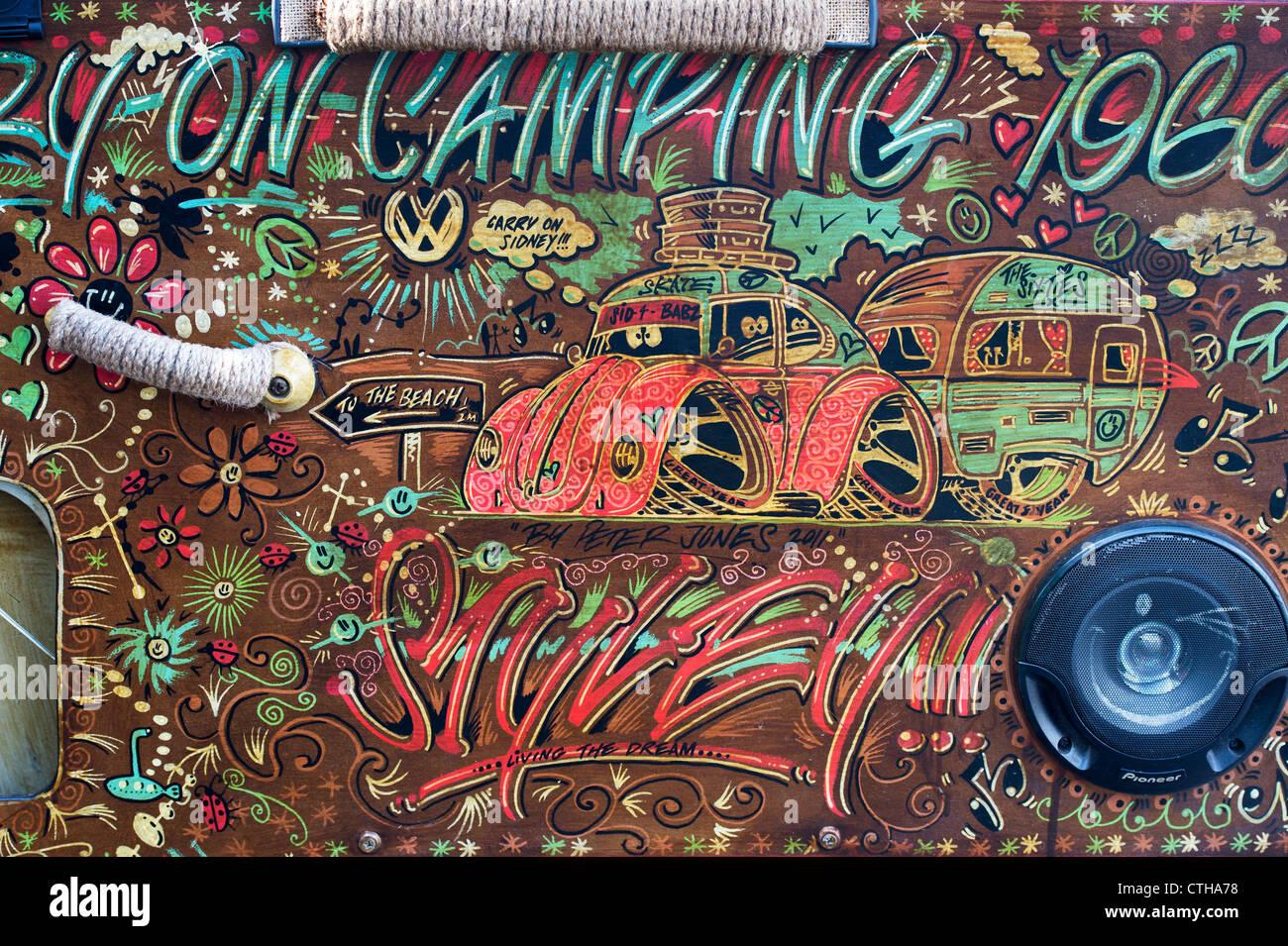cran partag vw volkswagen camper van intrieur en bois peint en 1960 annes 70 style hippie