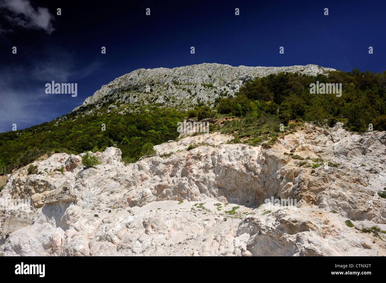 L'Italie, la Basilicate, parc national du Pollino, mont alpi, carrière de marbre Photo Stock
