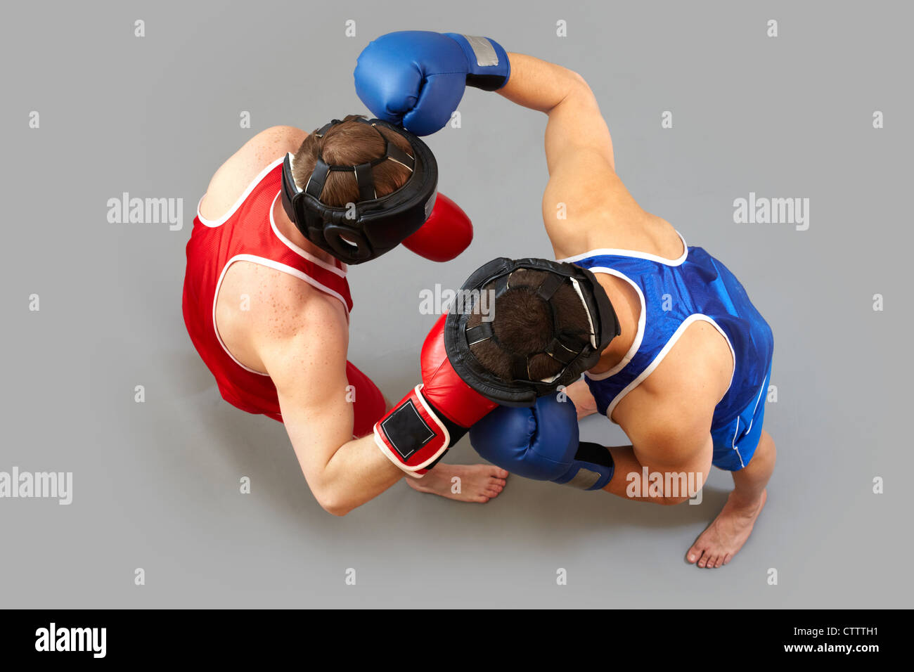 La vue ci-dessus de deux gars boxing Photo Stock