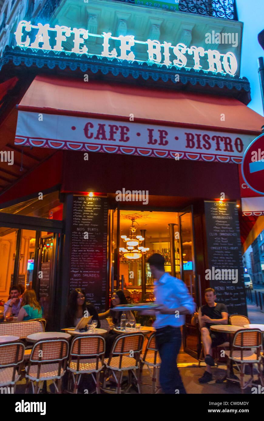 Tables Outside Paris Bistro On Photos Tables Outside Paris Bistro