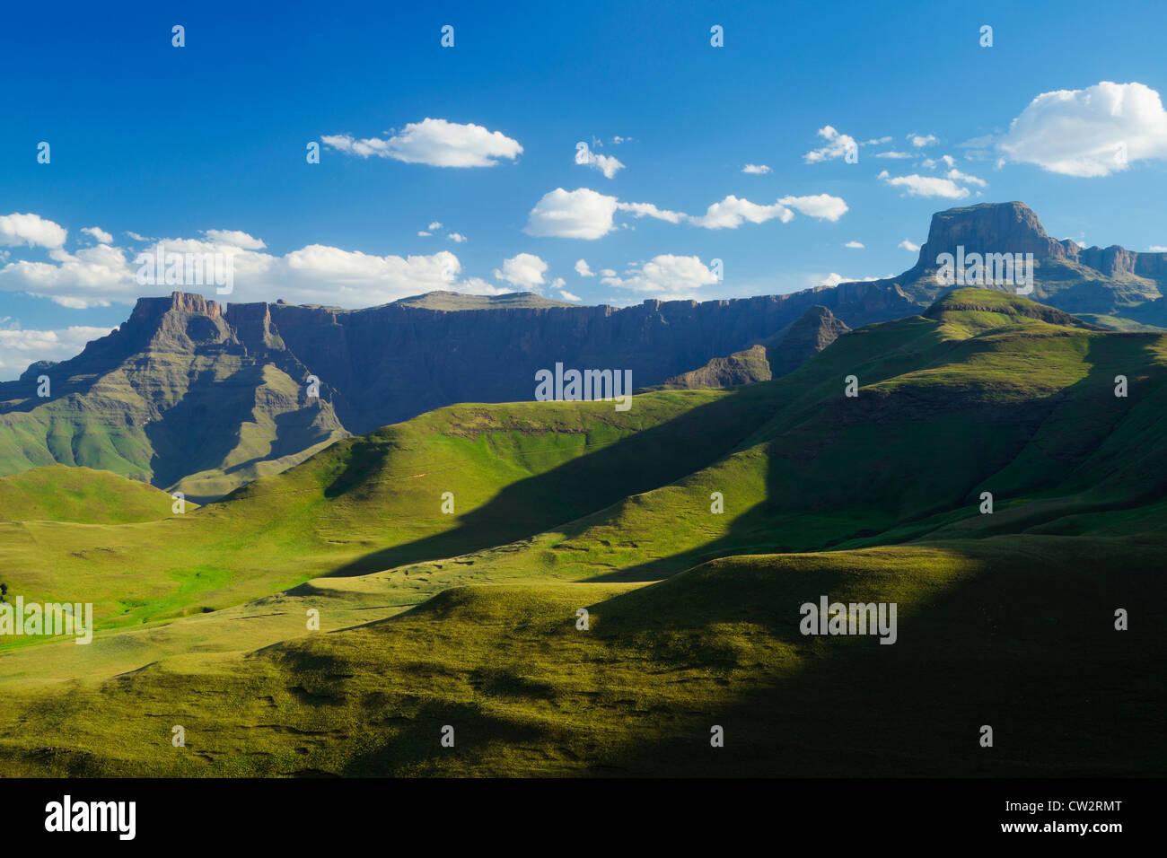 L'amphithéâtre du Drakensberg situé dans le Parc National Royal Natal.Afrique du Sud Banque D'Images