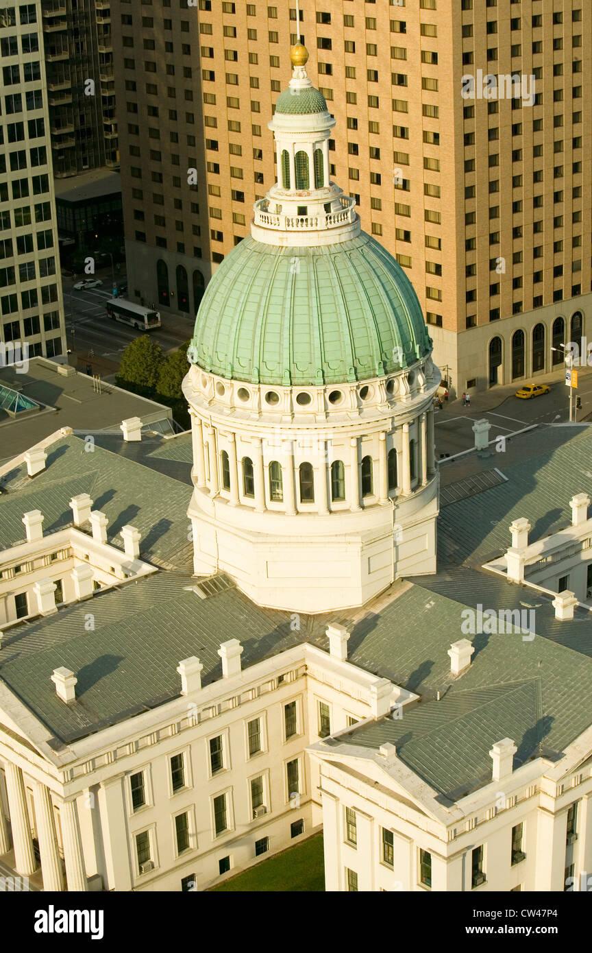 View dome Saint Louis Ancien palais historique de l'architecture de style fédéral construit en 1826 place de l'esclave Banque D'Images