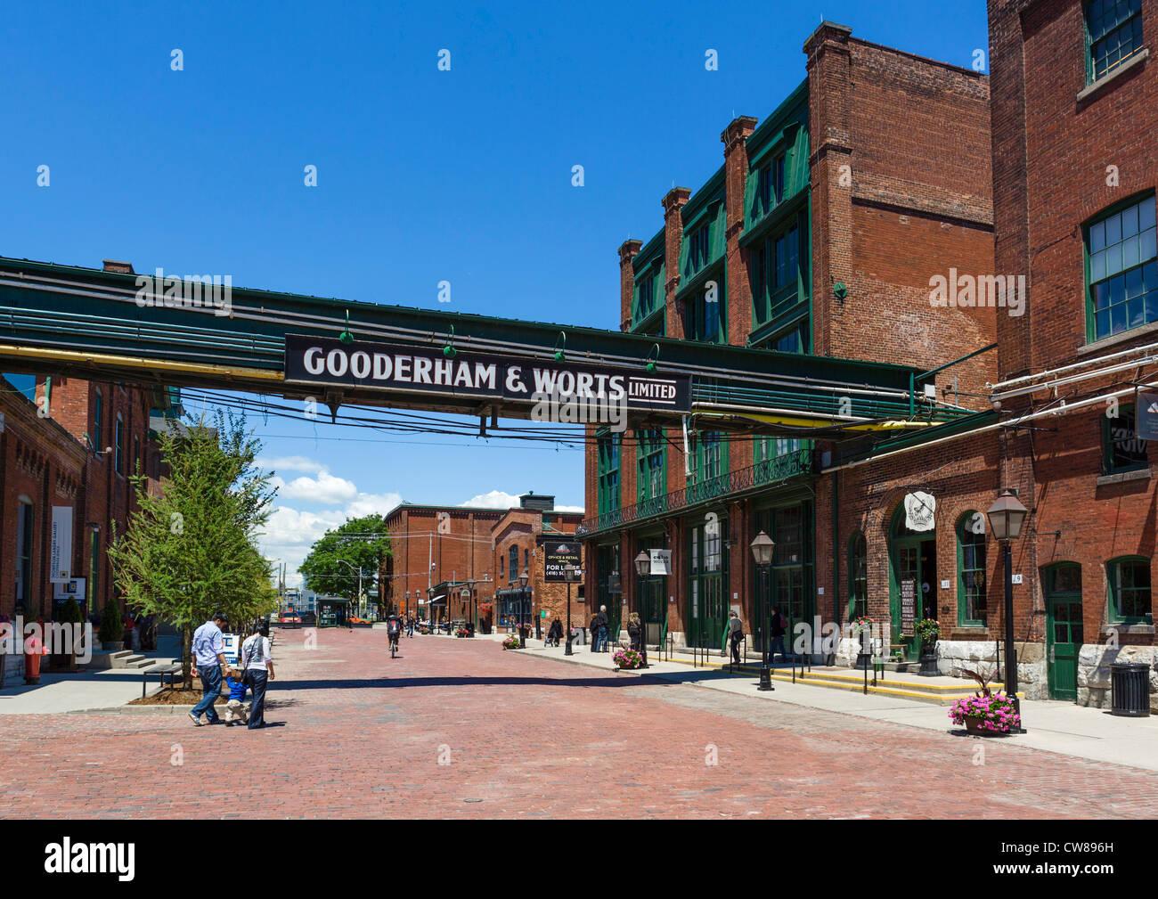 Vue vers le bas Trinity Street dans le Distillery District, Toronto, Ontario, Canada Photo Stock