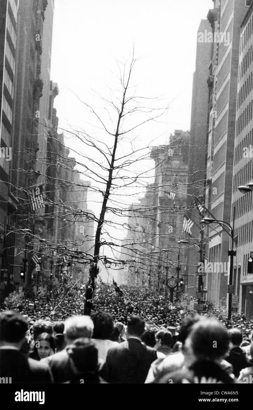 Le jour de la terre, la ville de New York, le 22 avril 1970. Avec la permission de la CSU: Archives / Everett Photo Stock