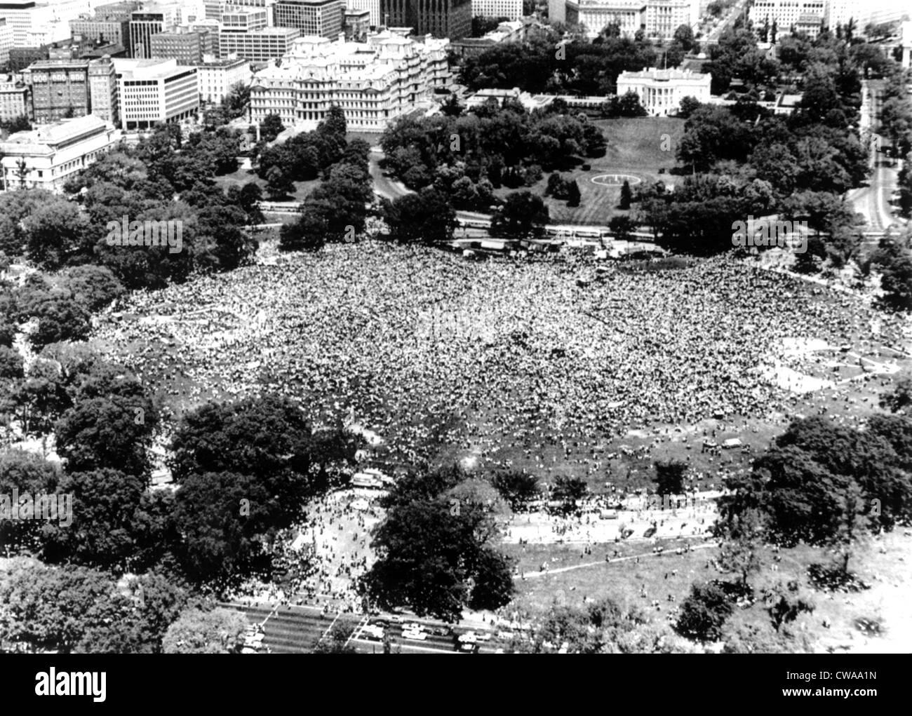 Guerre du Vietnam, la photo aérienne de 'guerre' Anti-Vietnam énorme démonstration, sur l'Ellipse Photo Stock