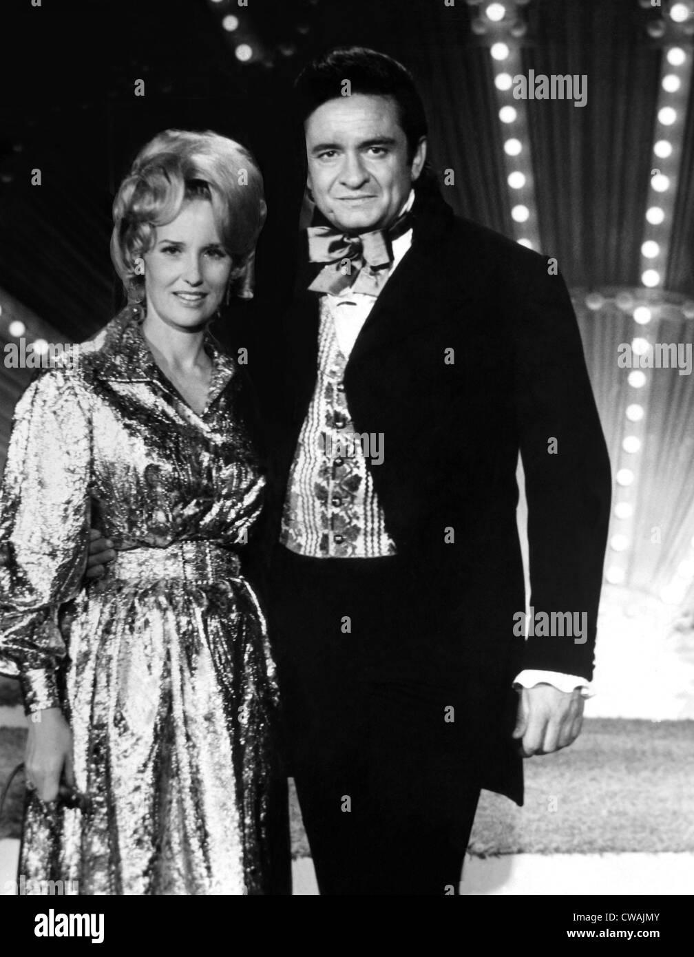 Chanteurs de Country Tammy Wynette et Johnny Cash, 1971.. Avec la permission de la CSU: Archives / Everett Photo Stock