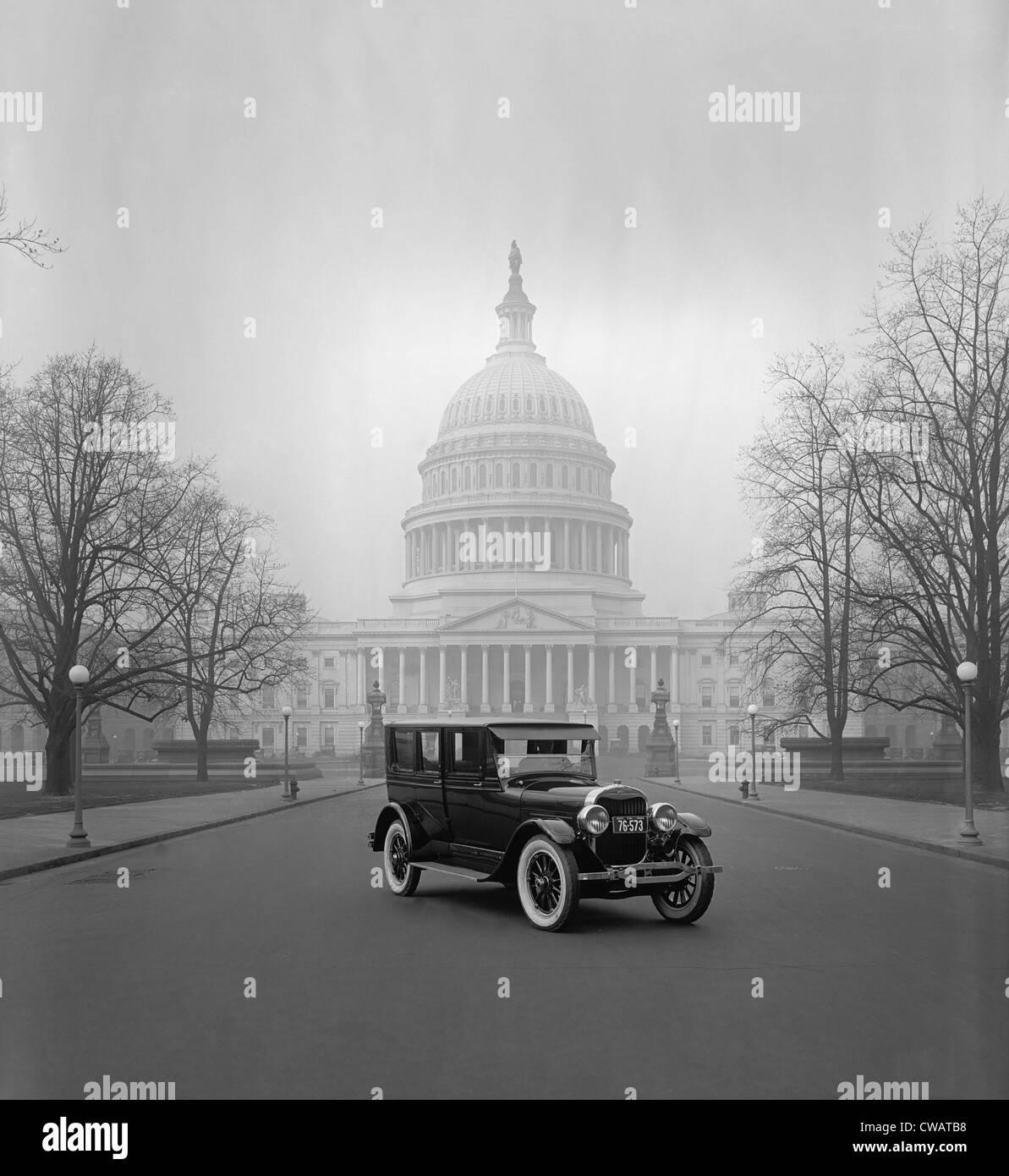 Ford Motor Company's Voiture de luxe, la Lincoln, au Capitole à Washington, D.C. Ce hard top coupé Photo Stock