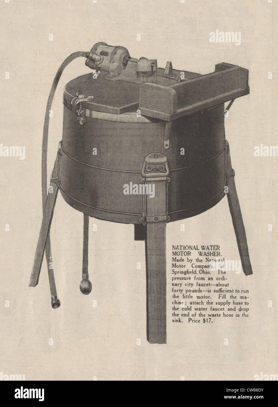 Un lave-linge. Une première machine à laver électrique advertisment, 1916 Photo Stock