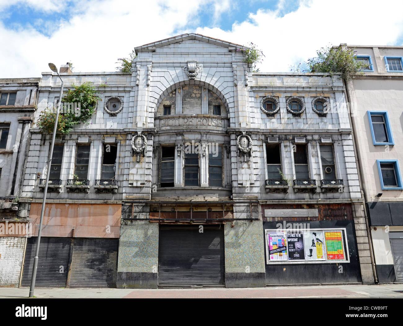 La vieille photo chambre fermé un cinéma dans le centre-ville de Liverpool, Angleterre, Royaume-Uni Photo Stock